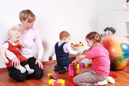 Vienu bērnu Rīgā varēs pieteikt tikai trijos bērnudārzos