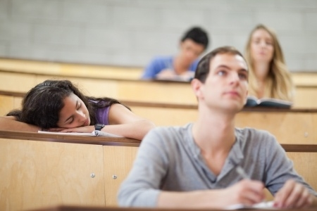 Izglītības kvalitāti nosaka mācībspēku kvalifikācija un studentu ieinteresētība