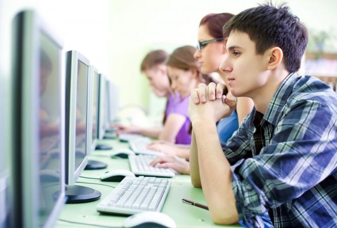 Elektroniskā veidā studijām vakar pieteikušies ap 700 reflektantu