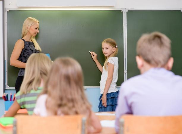 Labākajiem pedagogiem jāsaņem lielāks atalgojums