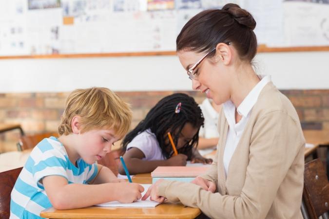 Skolotāju dienā sāks labdarības akciju jauno skolotāju atbalstam