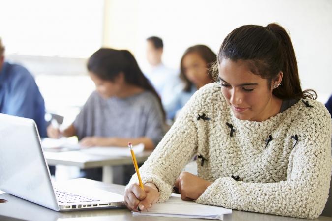 Informātikas skolotājs palīdzēs mācīt citu priekšmetu skolotājiem