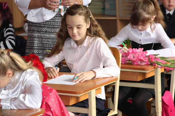 Mazākumtautību skolas mudina mācīt latviešu valodā