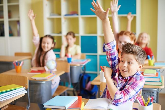 Vidējā skolotāju mēnešalga Igaunijā pārsniedz 1000 eiro
