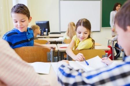 Ministrs: Mācības apvienotajās klasēs vairs nav pieņemama prakse
