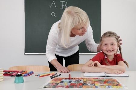 Gatavo likumprojektu par izdienas pensijām skolotājiem