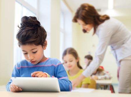 Datorikas pilotprogramma uzlabo skolēnu sekmes arī citos mācību priekšmetos