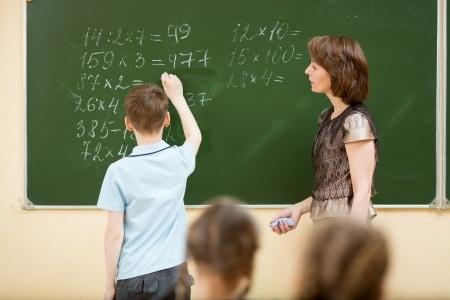 Skolotājs Latvijā vidēji strādā 1,11 slodzes