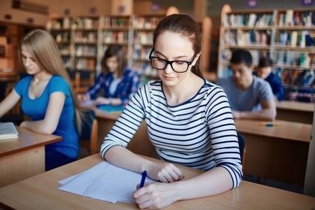 12.klašu skolēni kārtos centralizēto eksāmenu vācu valodā