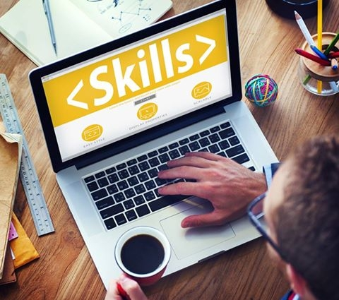 E-prasmju nedēļā: vebinārs par personības attīstību digitālajā laikmetā