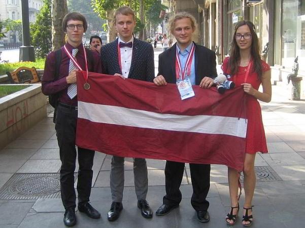 Latvijas skolēniem labi panākumi starptautiskajā ķīmijas olimpiādē