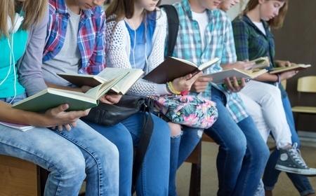 """Latvijas skolas aicinātas piedalīties """"Pasaules lielākajā mācību stundā"""""""