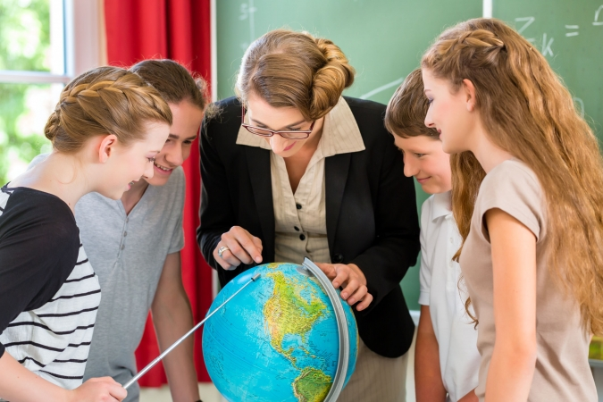 """Sociālā kampaņa """"Skolotājs - nākotnes profesija"""" aicina novērtēt skolotājus"""