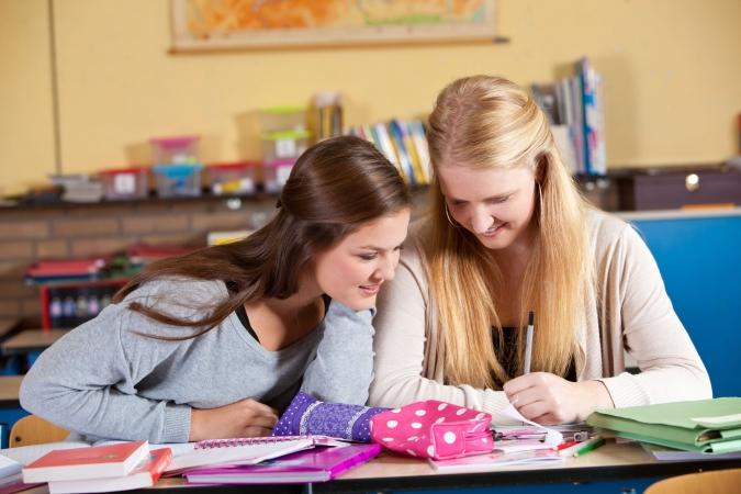 Skolēni varēs atteikties no svešvalodas centralizētā eksāmena