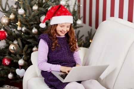 Ieteikumi, kā izvairīties no krāpnieciskiem Ziemassvētku apsveikumiem