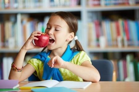 Veselīga uztura ieteikumi skolēniem