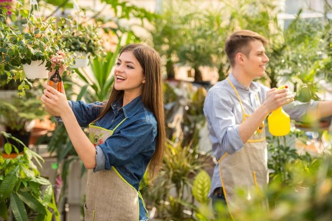 Darba devēji skolēniem piedāvā vairāk nekā 2500 vasaras sezonas darba vietu