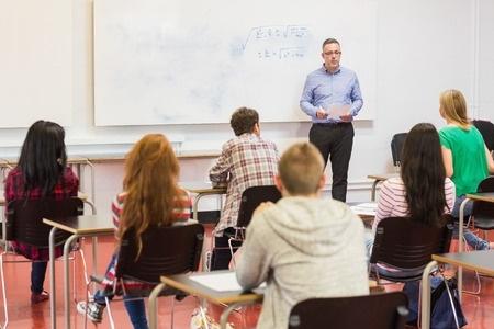 LIVA atbalstīs streikam nobriedušos pedagogus