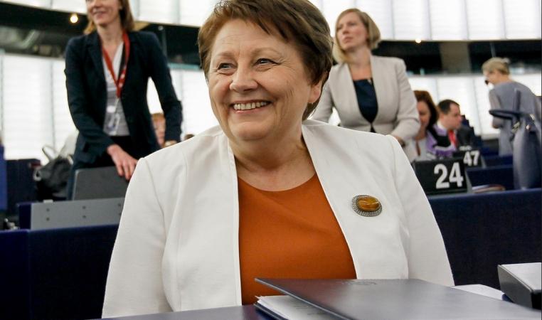Premjerministre: Pedagogu arodbiedrības prasības nav iespējams izpildīt