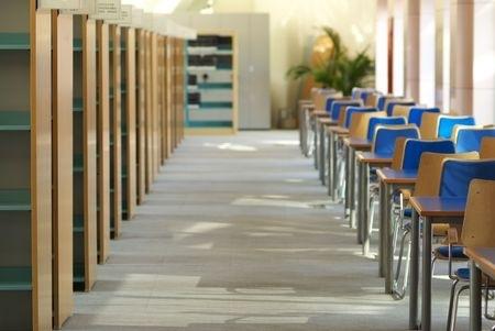 Degušās skolas audzēkņiem mācības citās telpās norit bez sūdzībām