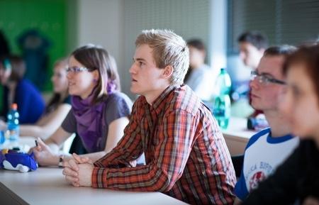 LIZDA: Idejai par mācību gada pagarināšanu nebūtu jābūt IZM prioritātei