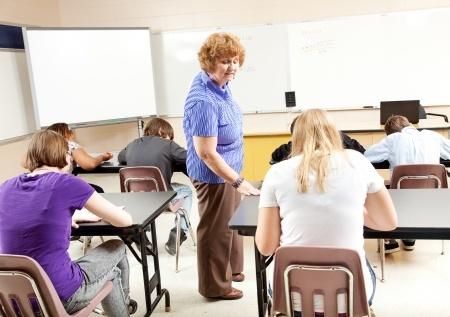 9. un 12.klašu skolēniem beidzas mācības