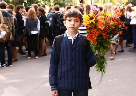Lietuvas skolēni un skolotāji protestē pret mācību gada pagarināšanu