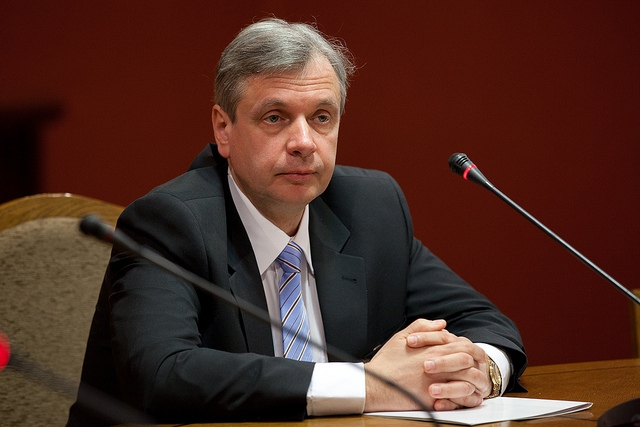 Ministrs: Rīgas dome neapzinās savu atbildību par izglītības kvalitāti