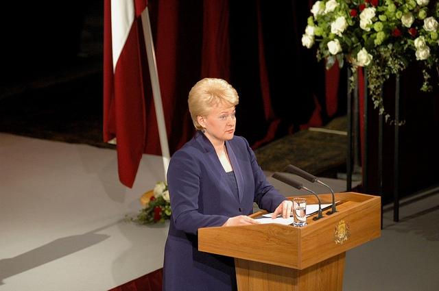 Grībauskaite rosinās atjaunot Lietuvas un Polijas izglītības komisiju