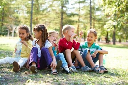 Vāc parakstus, lai saglabātu skolas gaitu sākšanu no septiņu gadu vecuma