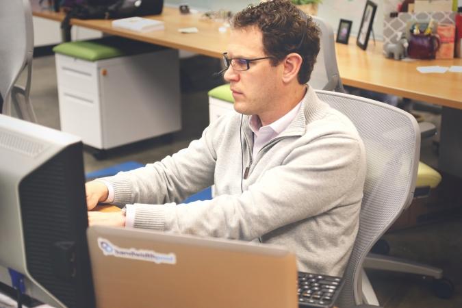 Jaunajā mācību gadā Latvijas reģionos darbu uzsāks 30 droša interneta vēstneši