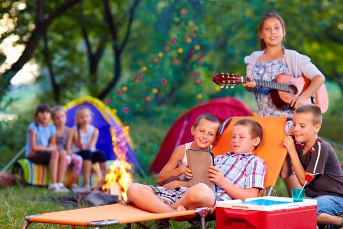 Apdrošinātājs: Viss, kas Jums jāzina par bērnu drošību vasaras nometnē