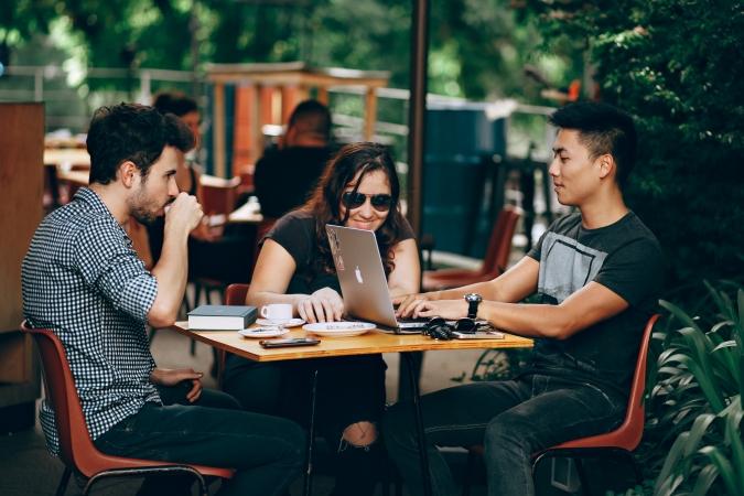 Saeima nolemj mazināt šķēršļus ārvalstu studentu un pētnieku nodarbinātībai