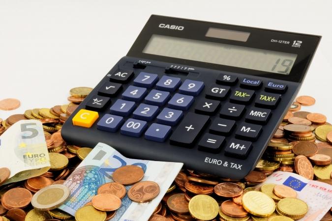 Pārmaksātos nodokļus automātiski izmaksāt iedzīvotājiem varētu no 2021.gada