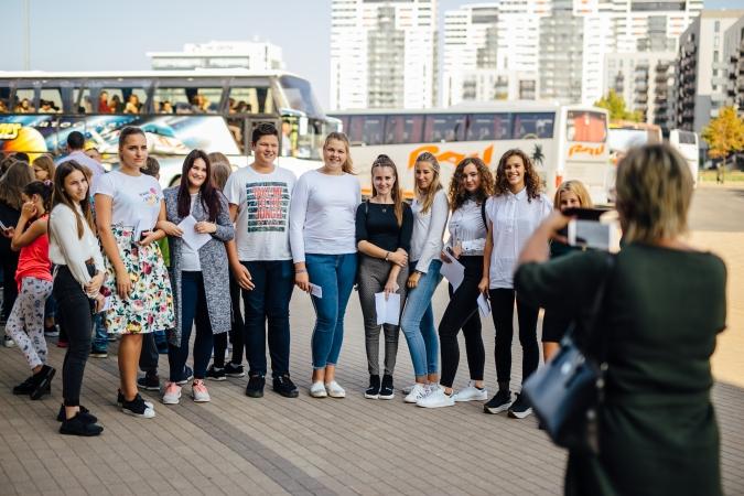 """Ar 6000 skolēnu līdzdalību atklāta iniciatīva """"Latvijas skolas soma"""""""