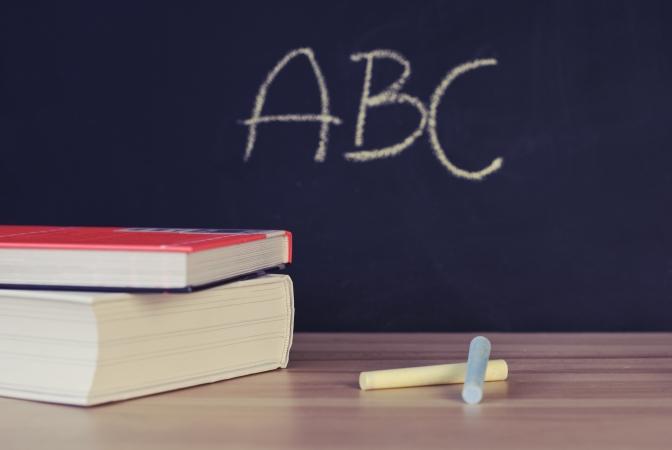 Aptauja: Lai arī nedaudz uzlabojies, izglītības kvalitātes vērtējums sabiedrībā aizvien nav augsts